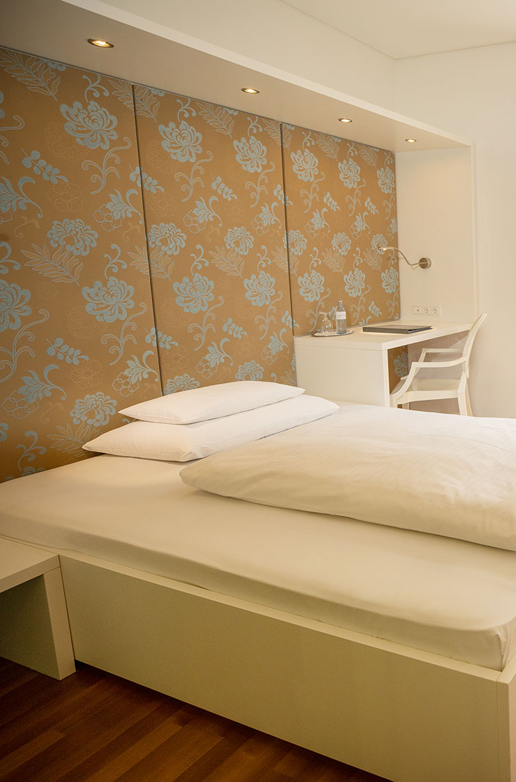Basic Room Hotel Gollner Graz